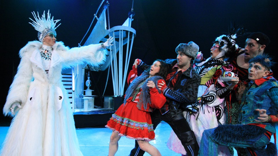 Snowqueen full cast